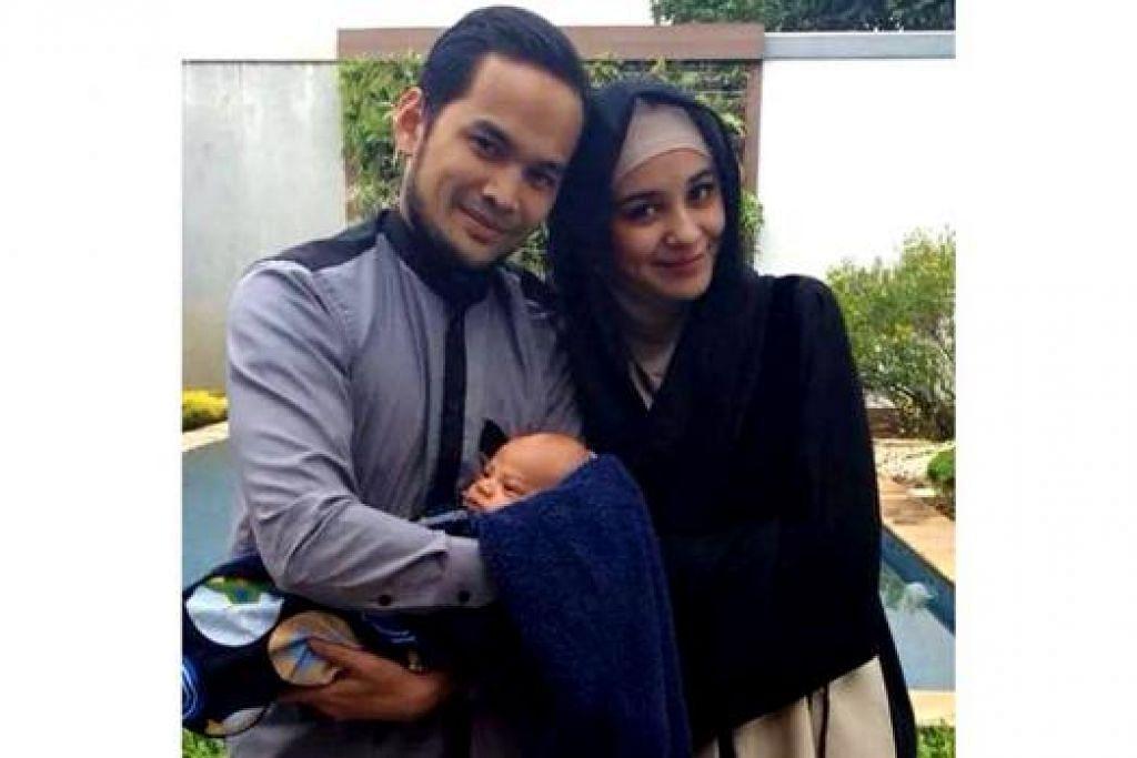 KELUARGA BAHAGIA: Pasangan pelakon Indonesia popular, Teuku Wisnu bersama isterinya Shireen Sungkar mendekatkan diri mereka kepada agama. Mereka sudah menimang seorang cahaya mata lelaki, Teuku Adam Al Fatih (didukung Teuku Wisnu). - Foto FACEBOOK TEUKU WISNU