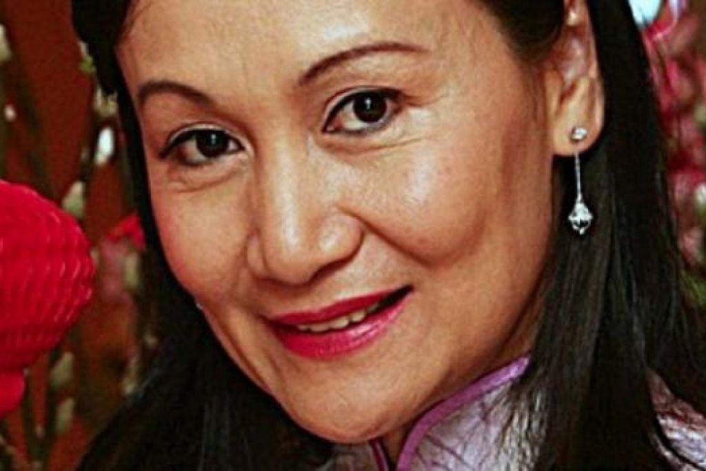 NANCIE FOO: Ratu Cantik Malaysia 1979 ini terpanggil untuk berlakon selepas ditawarkan watak idamannya oleh Yusof Haslam. - Foto UTUSAN MALAYSIA