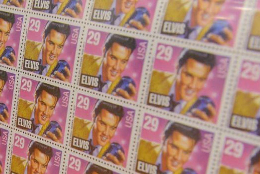 KOLEKSI SETEM: Lihat sekitar 100 setem dansampul surat hari pertama (first day cover) yang memaparkan potret mendiang penyanyi Elvis Presley di pameran Return To Sender - An Exhibition di Muzium Setem Singapura.