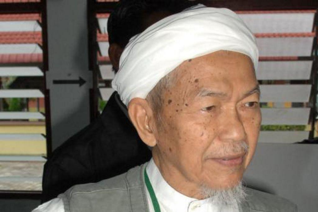 Allahyarham Datuk Nik Abdul Aziz