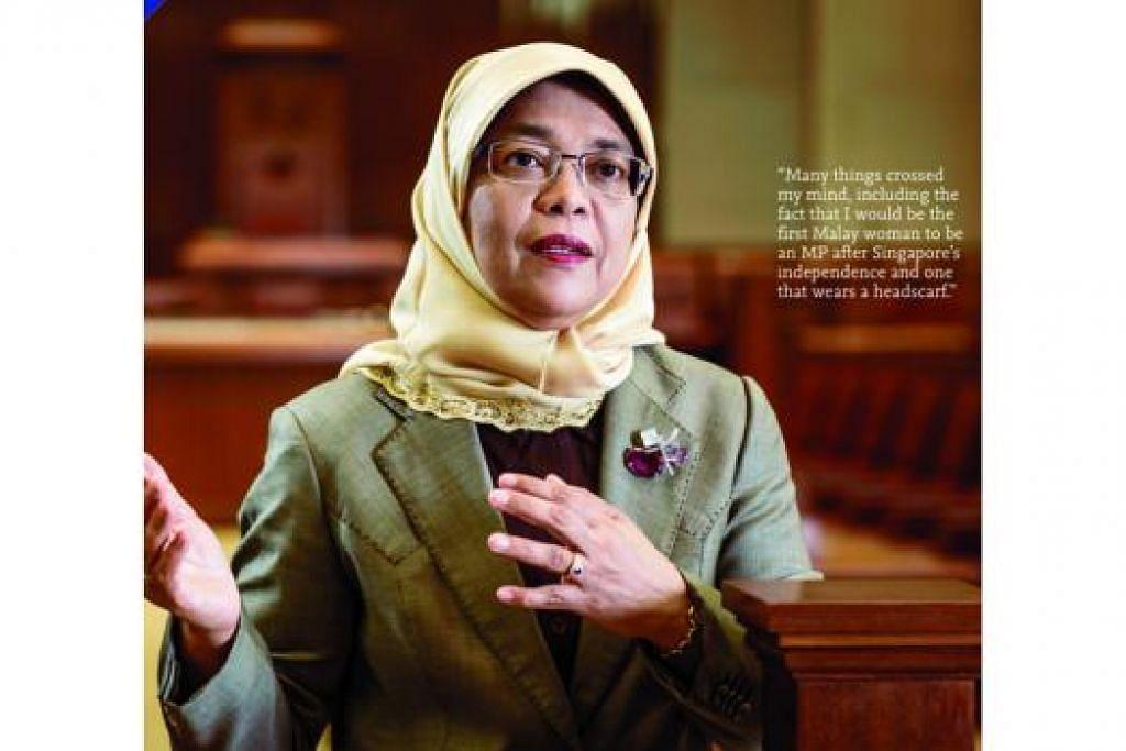 SPEAKER WANITA PERTAMA DALAM SEJARAH: Cik Halimah Yacob dilantik menjadi Speaker Parlimen pada 2013. Pelantikannya itu menjadi antara mercu tanda sejarah politik Singapura tahun itu. - Foto HUSKEN-ULBRICH BOOKS