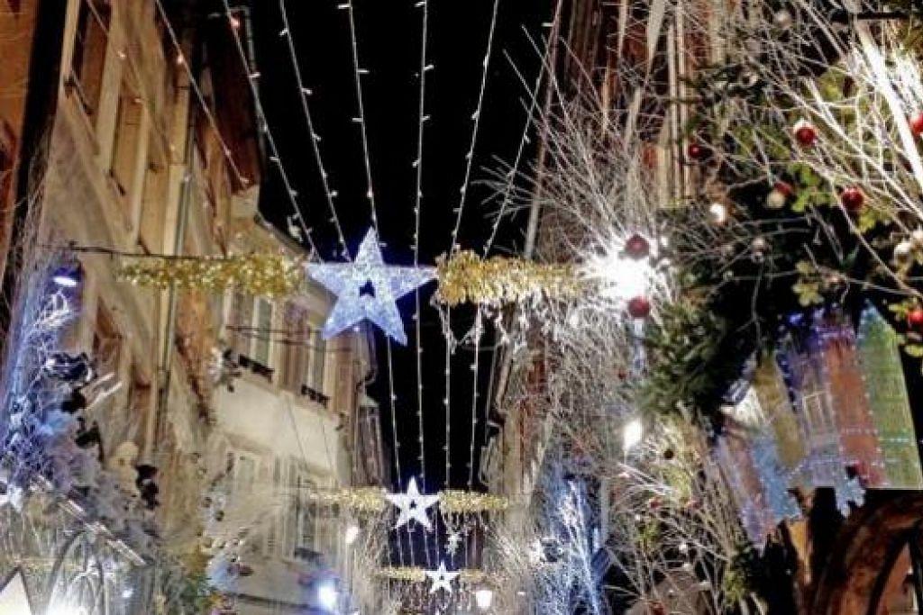 HIASAN PERAYAAN: Strasbourg bermandi cahaya pada perayaan Hari Natal Disember lalu. - Foto-foto ihsan ZAKI ZULFAKAR NOORDIN