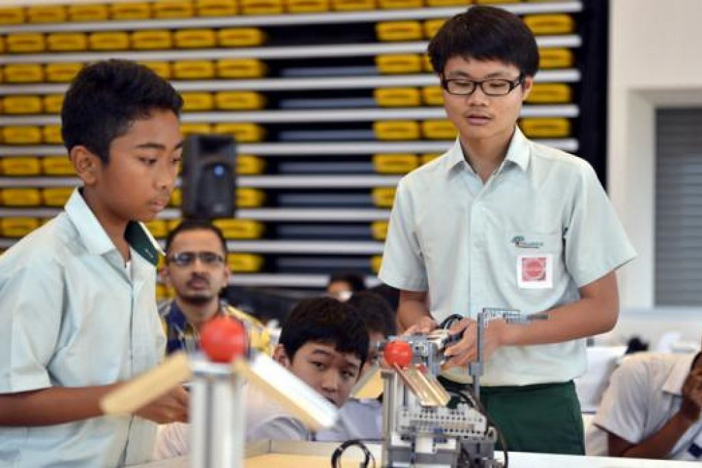 SAMBUTAN BAIK: Lebih 420 peserta daripada 40 sekolah menyertai pertandingan ITE Skills  Challenge. - Foto ITE SKILLS CHALLENGE 2015