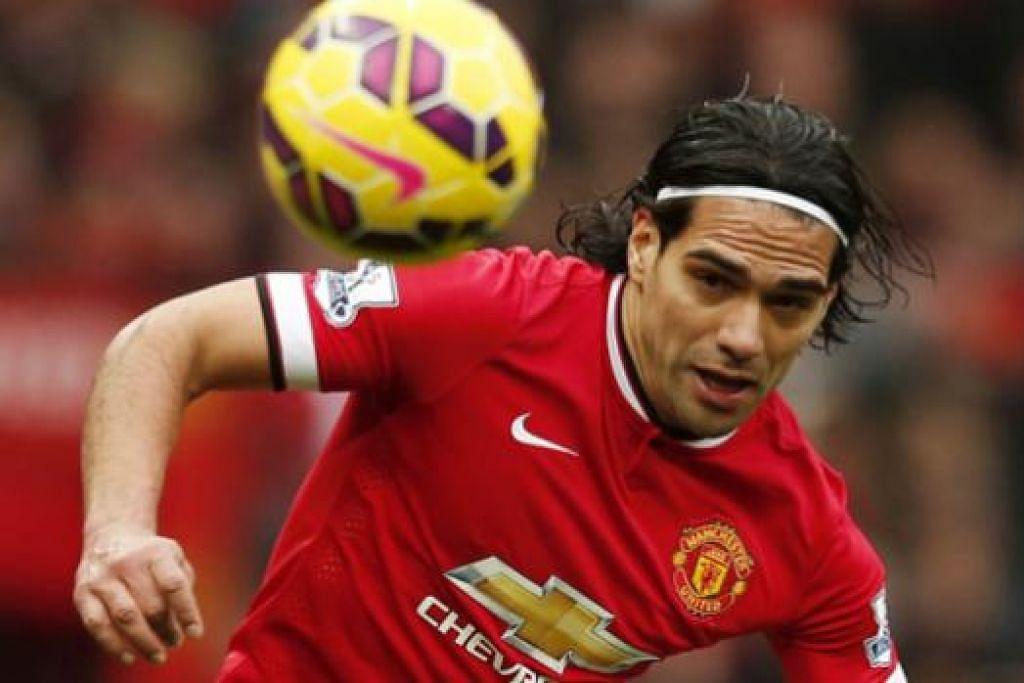 RADAMEL FALCAO: Terkial-kial sejak berpindah ke Manchester United. - Foto REUTERS