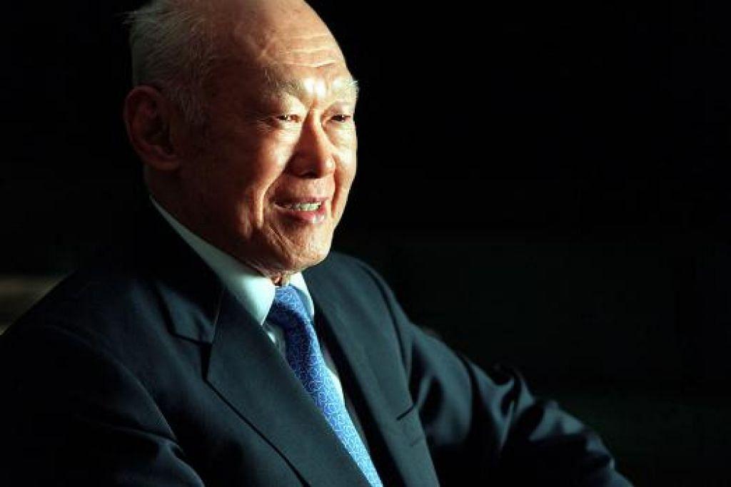 KEHILANGAN DIRASAI: Mantan perdana menteri, Encik Lee Kuan Yew, meninggal dunia pada usia 91 tahun.
