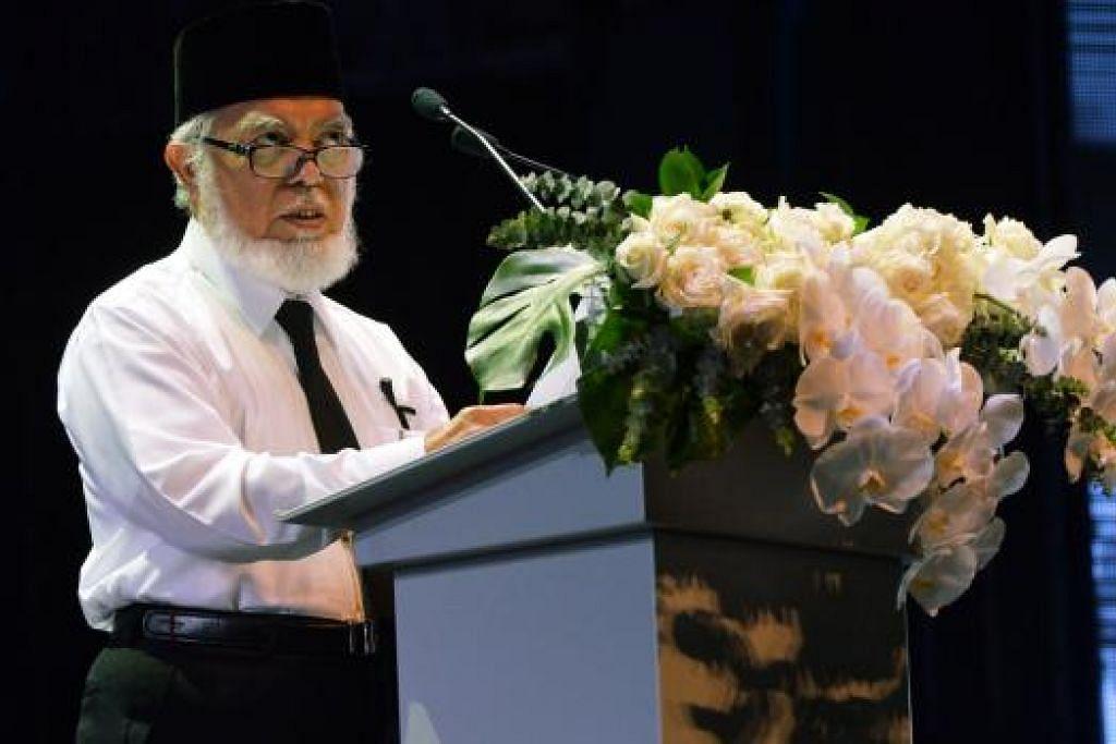 RAIH MANFAAT: Mantan Mufti Singapura, Shaikh Syed Isa Semait berkata masyarakat Melayu/Islam telah meraih banyak manfaat daripada penubuhan Majlis Ugama Islam Singapura (Muis), Mahkamah Syariah dan Pejabat Pendaftar Pernikahan Orang Islam (ROMM).