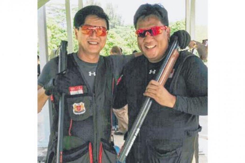 GANDINGAN EMAS: Zain (kanan) dan rakannya semasa memenangi pingat emas 'trap beregu' di Sukan SEA 2007, Choo Choon Seng, bergambar di sesi latihan skuad menembak negara. Kededua penembak itu memikul harapan negara apabila Sukan SEA dianjurkan di negara ini tidak lama lagi.