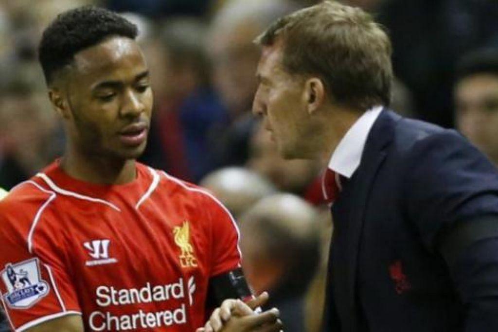 KURANG DISIPLIN?: Raheem Sterling (kiri) berjabat tangan dengan pengurus Brendan Rodgers selepas perlawanan dengan Newcastle. - Foto REUTERS
