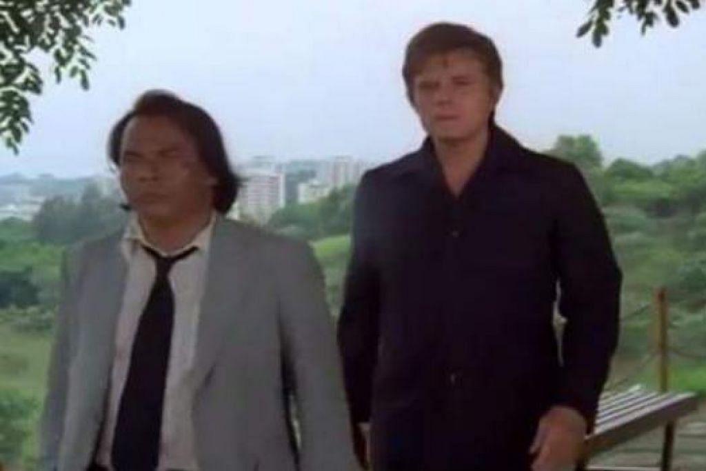 ANAK MELAYU TEMBUSI PASARAN HOLLYWOOD: Pak Osman Zailani (kiri) berpeluang menjayakan dua episod drama Hawaii Five-O bersama aktor Hollywood, Jack Lord. - Foto ihsan OSMAN ZAILANI