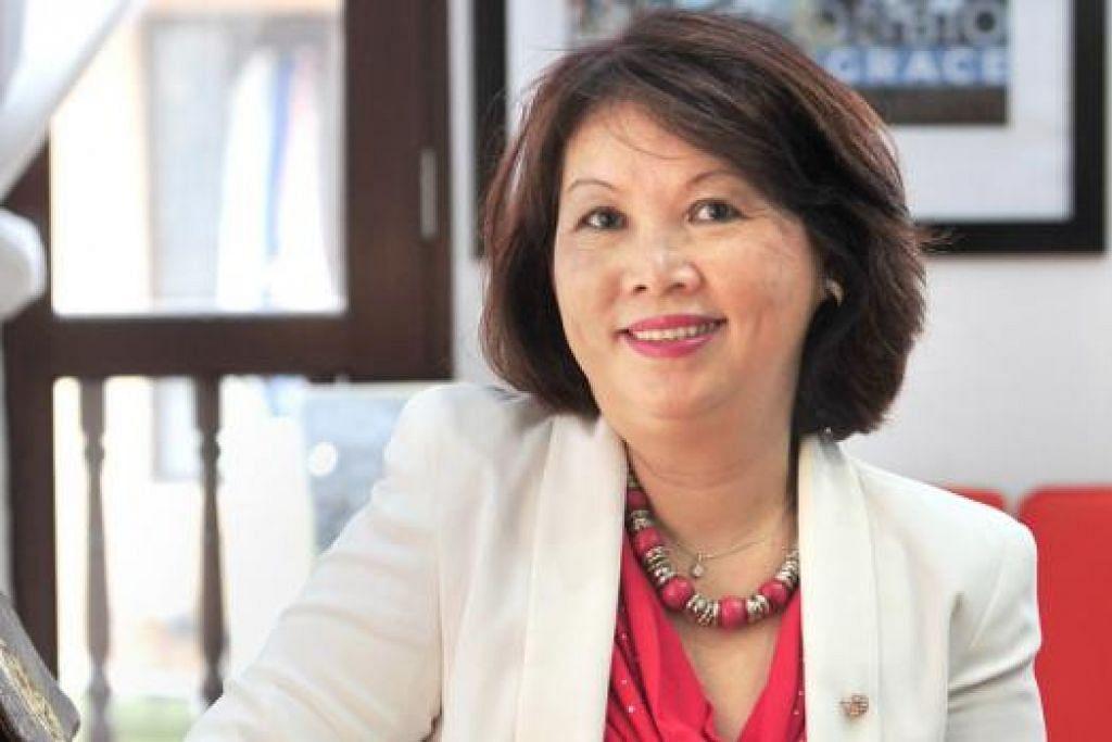 Cik Ann Phua, penulis dan penerbit buku Once Upon a Tai Seng Village.