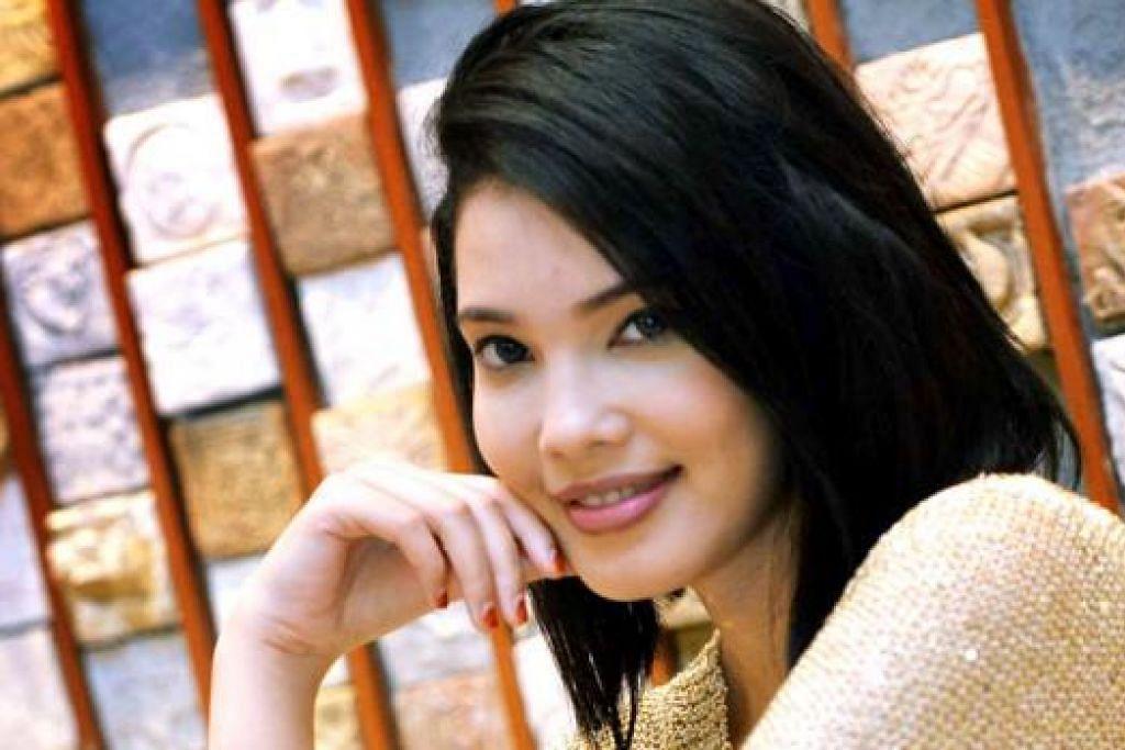 MAHUKAN WATAK 'BERAT': Dawn Prima Ria ingin memecahkan tembok stereotaip yang sering mengongkongnya dalam watak budak baik. Namun, buat masa ini beliau tekun menjadi suri rumah. - Foto KHALID BABA