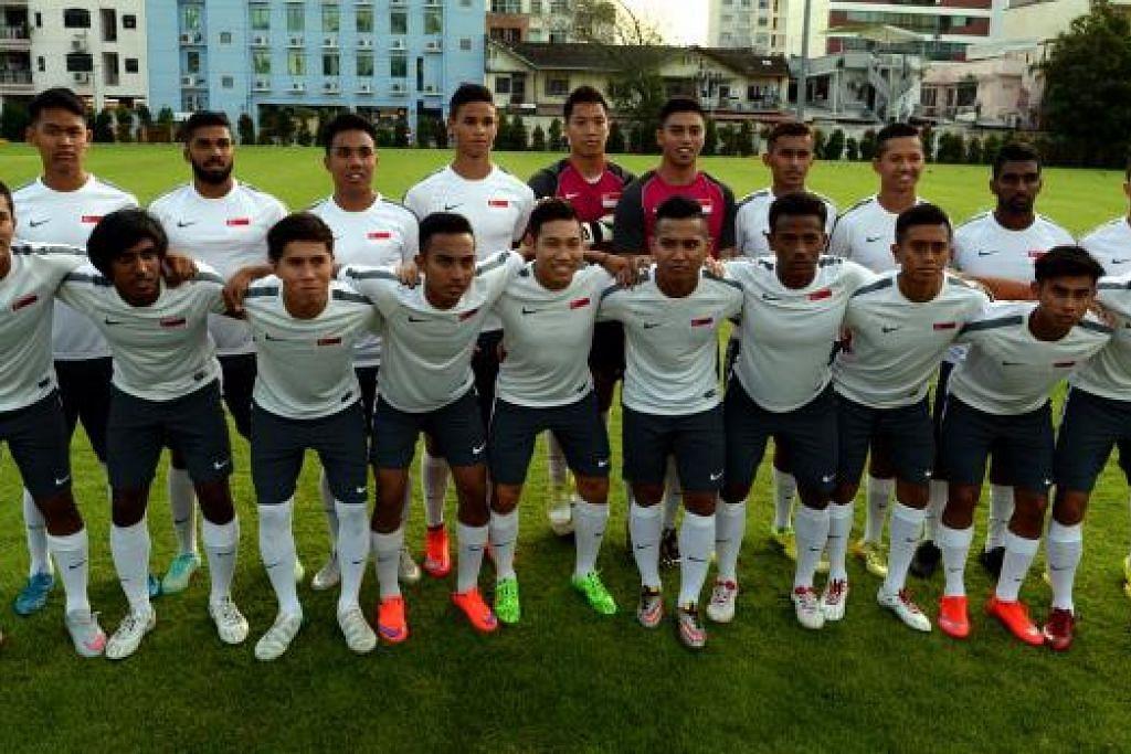 Skuad bola sepak Sukan SEA 2015:  Dipimpin Aide Iskandar, skuad bola sepak memburu emas pertama bagi negara di depan penyokong sendiri.