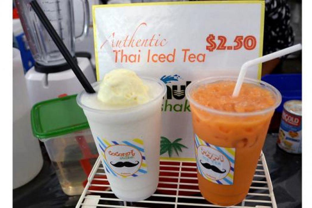 SEDAP DAN MENYEGARKAN: Minuman 'coconut shake' (kiri) yang diletakkan aiskrim vanila di permukaannya cukup popular lebih-lebih lagi dengan cuaca yang agak panas sekarang. Teh ais Thai yang dijual pula harganya lebih rendah iaitu sekitar $2.50 berbanding sekitar $4 di restoran di sini.