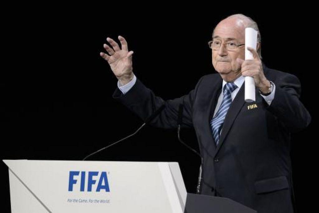 SKANDAL BERTERUSAN: Sepp Blatter meletak jawatan berlatar kontroversi.