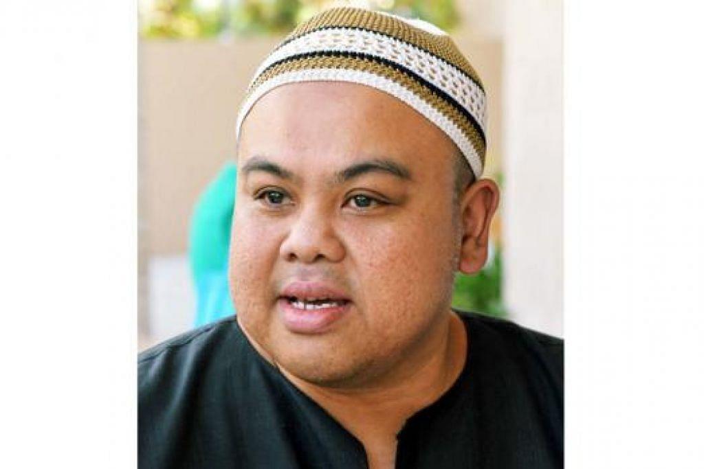 """""""Dengan konsep terbuka, Masjid Al-Islah kelihatan luas dan lapang. Saya harap ini juga dapat menarik perhatian golongan muda di kawasan ini untuk menyertai program masjid dan juga mengundang masyarakat lain untuk memahami dengan lebih lanjut mengenai agama serta masjid kita."""" – Encik Jamal Abdul Nasir, 45 tahun"""