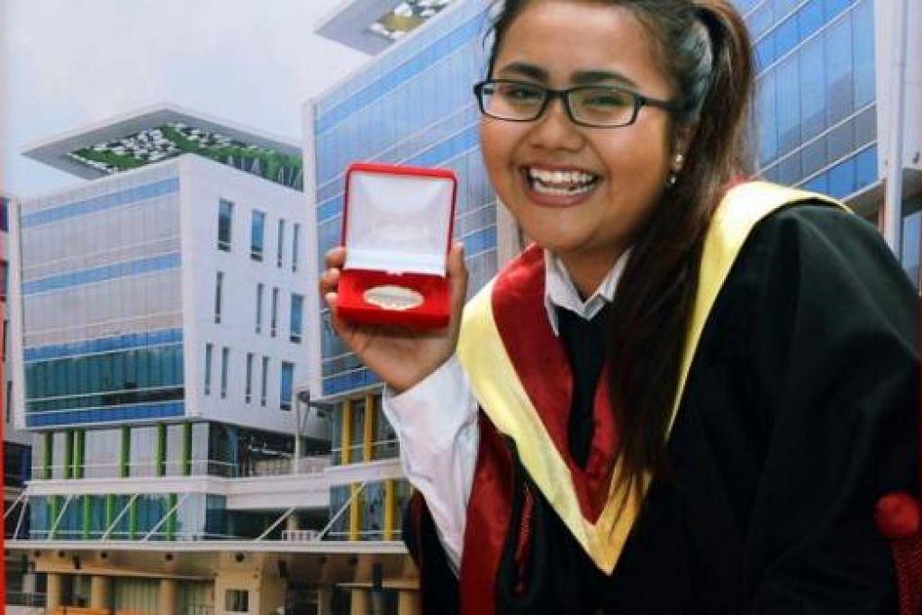 CIK KU-NURAMALINA: Terima Pingat Emas Sng Yew Chong bagi keputusan akademik cemerlang dan aktif dalam bidang ko-kurikular. - Foto KHALID BABA