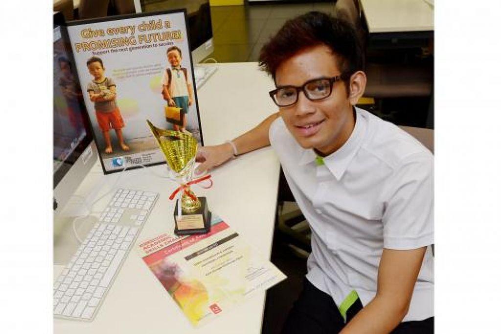 BERSAING DI PENTAS DUNIA: Shah Faridzhan Juffrey antara tiga pelajar Singapura yang akan mewakili negara di Kejohanan Dunia Adobe Certified Associates (ACA) di Texas, Amerika Syarikat, Ogos ini. - Foto TUKIMAN WARJI