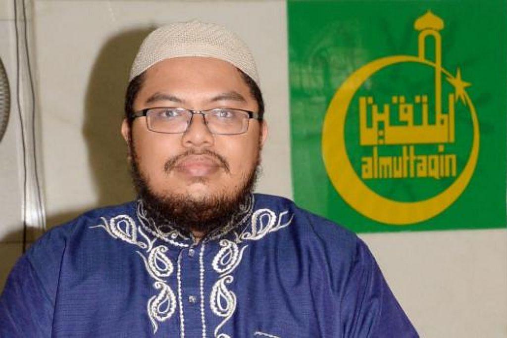 GALAK KEHARMONIAN AGAMA: Ustaz Muslim Amad menggalakkan lebih ramai belia, termasuk belia Islam, tampil menyertai dan menyumbang kepada usaha mengukuhkan keharmonian antara agama di sini. - Foto JOHARI RAHMAT