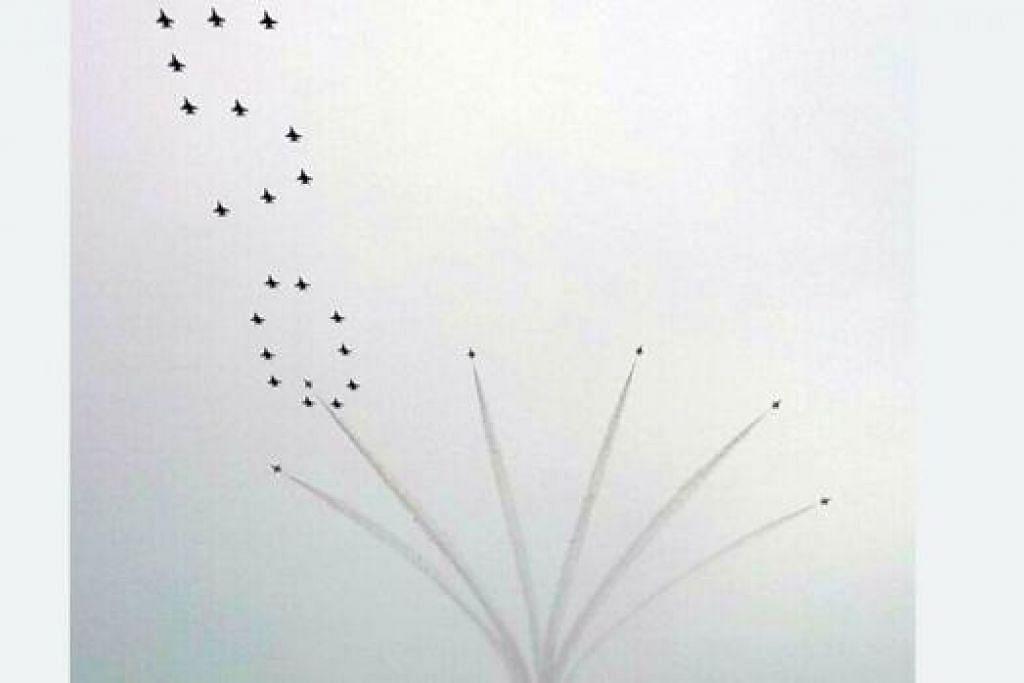 PESAWAT PALING BANYAK DALAM SEJARAH: Sebanyak 50 pesawat akan beraksi dalam pertunjukkan udara di NDP tahun ini. – Foto HAKIM YUSOF