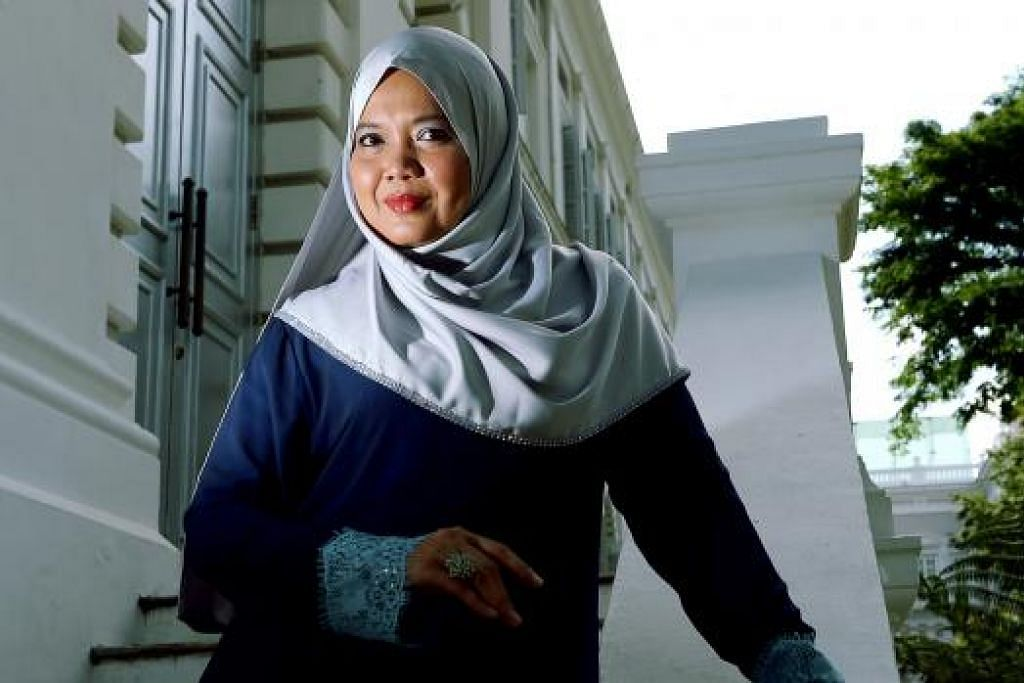 KEMBALI HIDUPKAN WATAK DRAMA: Pelakon Suzannah Abu Bakar kembali berjuang dalam bidang seni selepas beliau sepi daripada kaca televisyen lebih 10 tahun. - Foto TUKIMAN WARJI