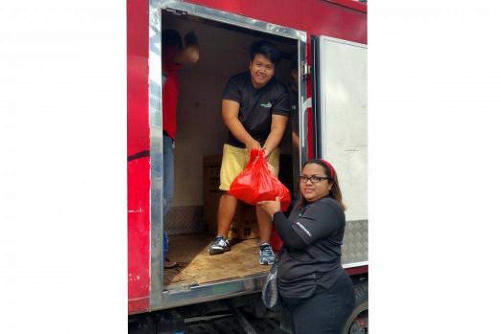 BERSATU DEMI AMAL: Kumpulan pengangkutan seperti TruckArtsg dan Reliable Transport Services yang dikenali menerusi Facebook turut menyuarakan keinginan mereka sama-sama membantu usaha amal Cik Siti Nurani Salim dalam bulan Ramadan ini.