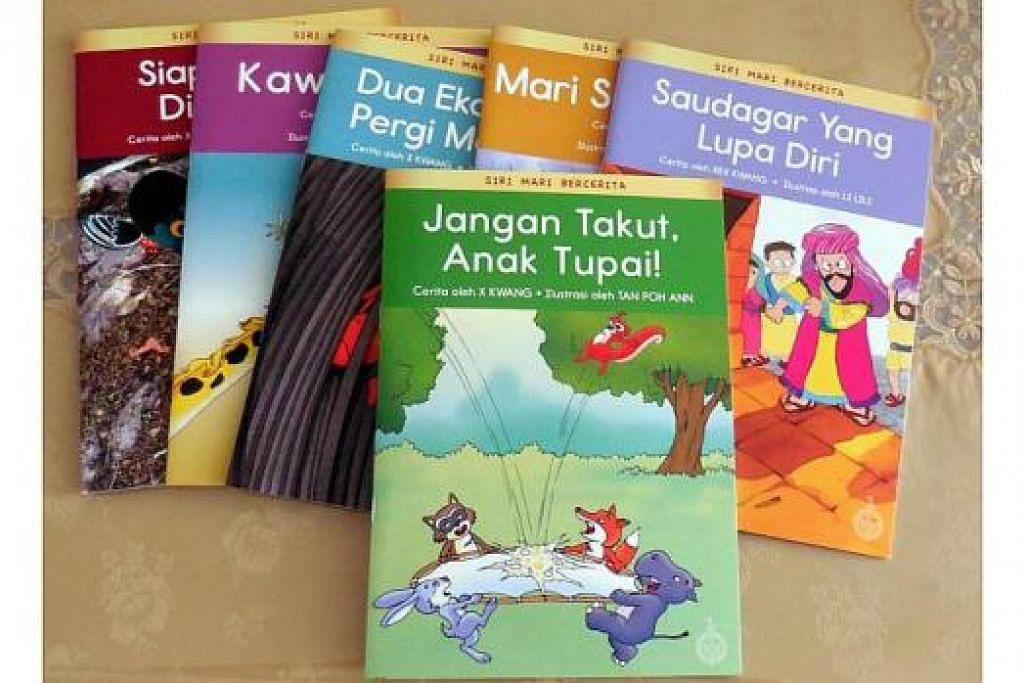 BAHAN BACAAN KANAK-KANAK: Inilah antara buku kanak-kanak yang dipamerkan dalam pameran 'Raikan Buku SIngapura' yang berlangsung sehingga esok. - Foto PUSTAKA NASIONAL