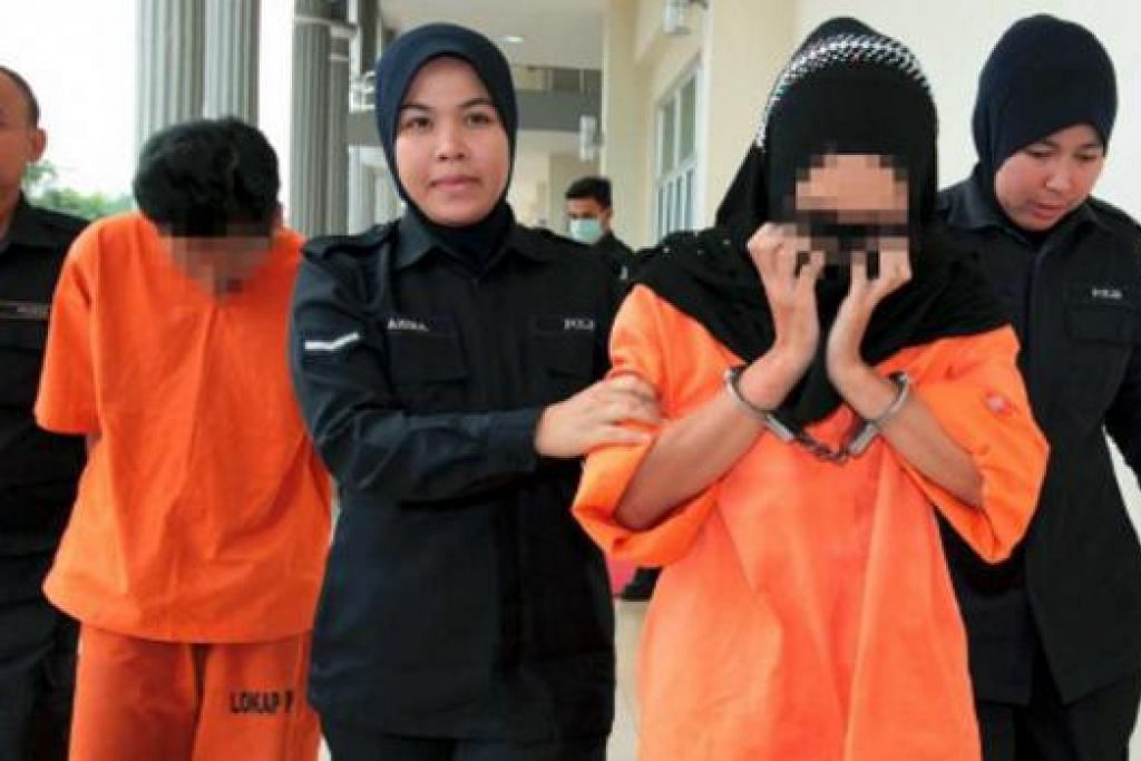 Ditahan reman: Pasangan yang mendera Nur Zuliana Zaara Zulkifli ditahan reman.