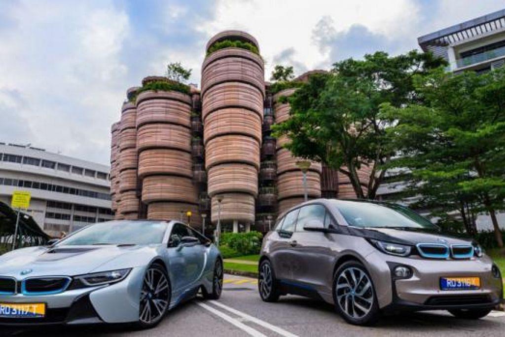 KERETA KAJIAN BMW: Kereta BMW i8 (kiri) dan i3 (kanan) akan digunakan untuk menjalankan kajian gabungan antara NTU dan BMW Group. - Foto NTU
