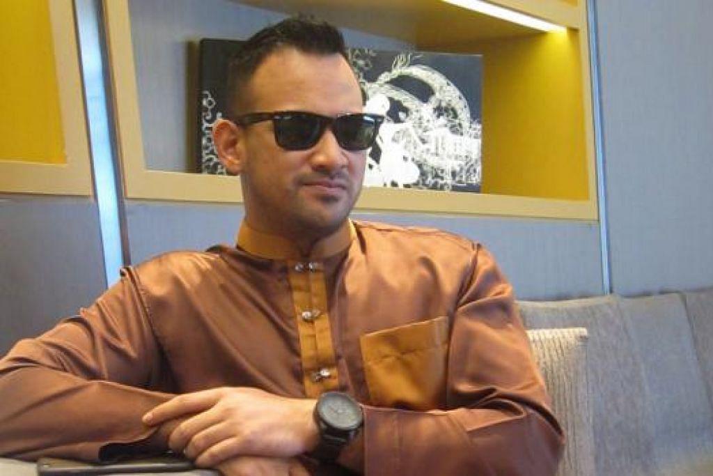 KOMITED DENGAN TUGAS, HARGAI PEMINAT: Sharnaaz Ahmad dahulukan amanahnya di set lakonan tetapi tetap meluangkan masa buat peminat termasuk di Singapura. - Foto HARYANI ISMAIL