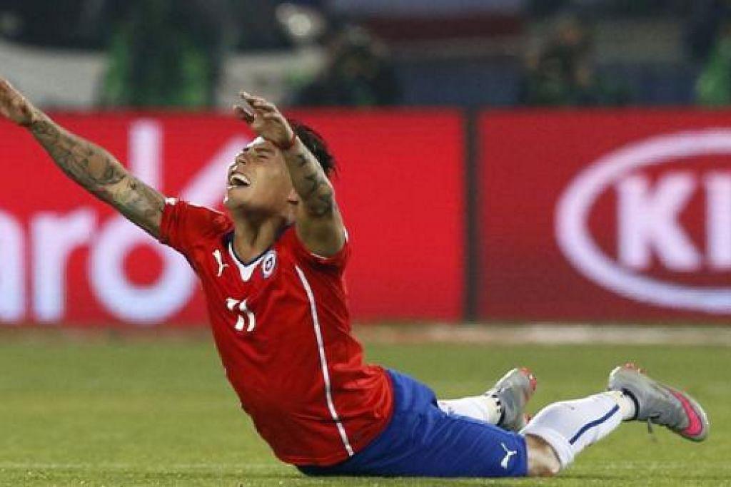 WIRA PASUKAN: Vargas melupakan musim mengecewakan dengan QPR bagi membantu Chile mara ke final Piala Amerika.