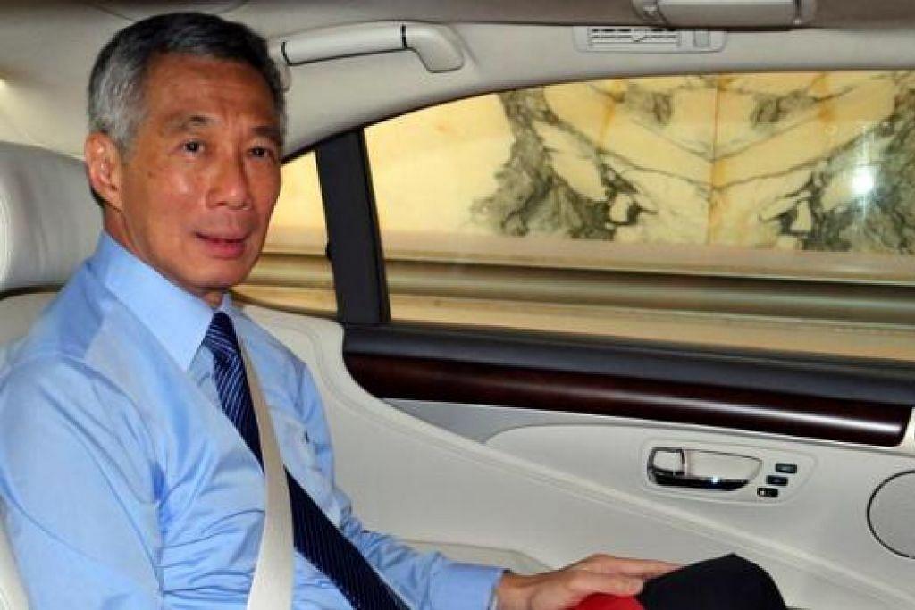 PM LEE: Fitnah ke atasnya menunjukkan kesungguhan Ngerng mahu merosakkan reputasi Encik Lee. Kes ini juga menonjolkan niat jahat mendalam Ngerng terhadap Perdana Menteri. - Foto THE STRAITS TIMES