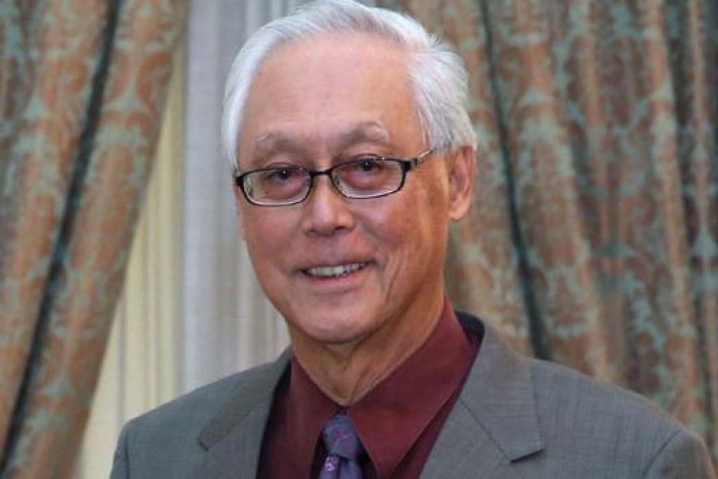 ENCIK GOH CHOK TONG: Berucap pada Sidang SG50+ anjuran Institut Pengajian Dasar (IPS) dan Sekolah Dasar Awam Lee Kuan Yew, Universiti Nasional Singapura (NUS). - Foto fail