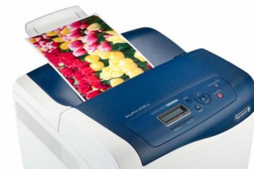 TAHU BUTIRAN TERPERINCI: Memilih mesin pencetak memerlukan anda tinjau aspek harga, liputan waranti, ciri-ciri bagi kegunaan akan datang mahupun keupayaan mencetak daripada telefon bimbit atau tablet. - Foto FUJI XEROX