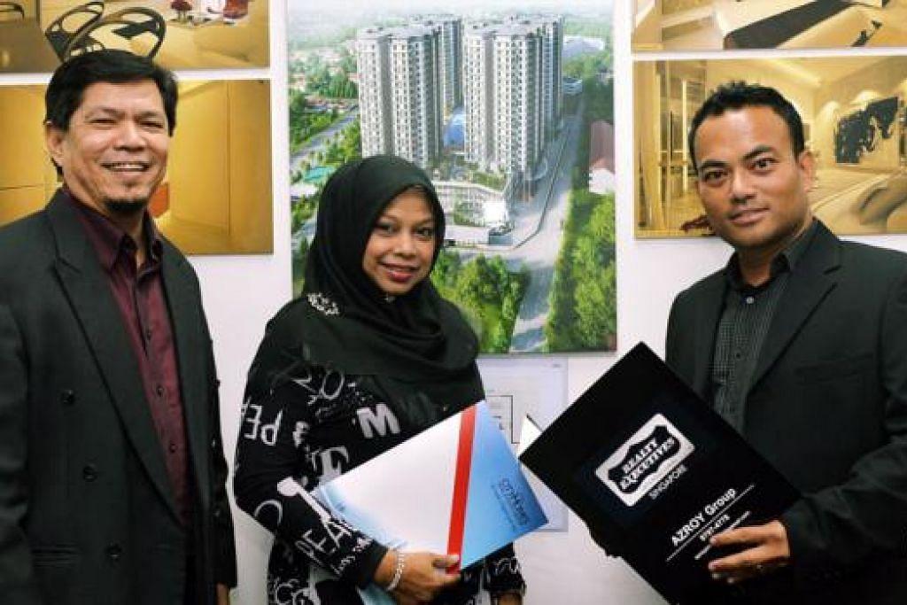 GABUNGAN DUA SYARIKAT: (Dari kiri) CEO CityHomes, Encik Mohd Amin, Cik Jaleela A. Wahab (Pengarah CityHomes) bersama Presiden dan CEO, Realty Executives International Singapore, Encik Azroy. - Foto KHALID BABA