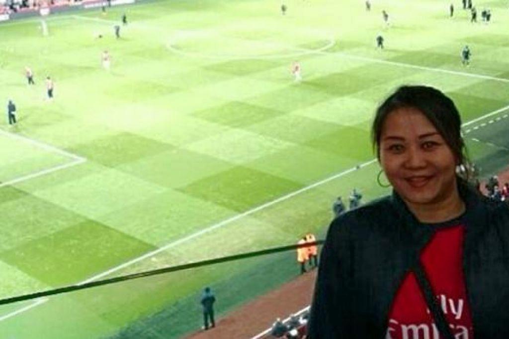 MINAT SEKALI: Minatnya kepada Arsenal menyaksikan Ashley Adam kerap bercuti di London untuk menyaksikan perlawanan-perlawanan pasukan kegemarannya, Arsenal. - Foto ihsan ASHLEY ADAM
