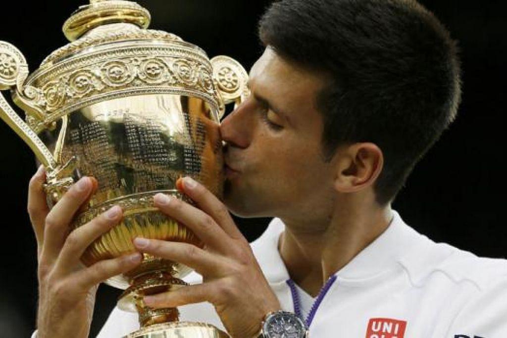 SAAT GEMBIRA: Kemenangan Djokovic di Wimbledon sedkit sebanyak menghapuskan kehampaan kalah di perlawanan akhir Terbuka Perancis baru-baru ini.  - Foto REUTERS