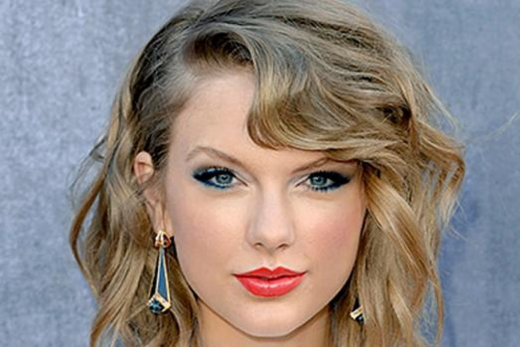 BERI SOKONGAN: Taylor Swift lahir rasa simpati kepada Naomi Oakes yang menghidap leukemia kerana tidak dapat menghadiri konsertnya tetapi mahu kanak-kanak itu tumpukan perhatian kepada rawatan. - Foto US MAGAZINE