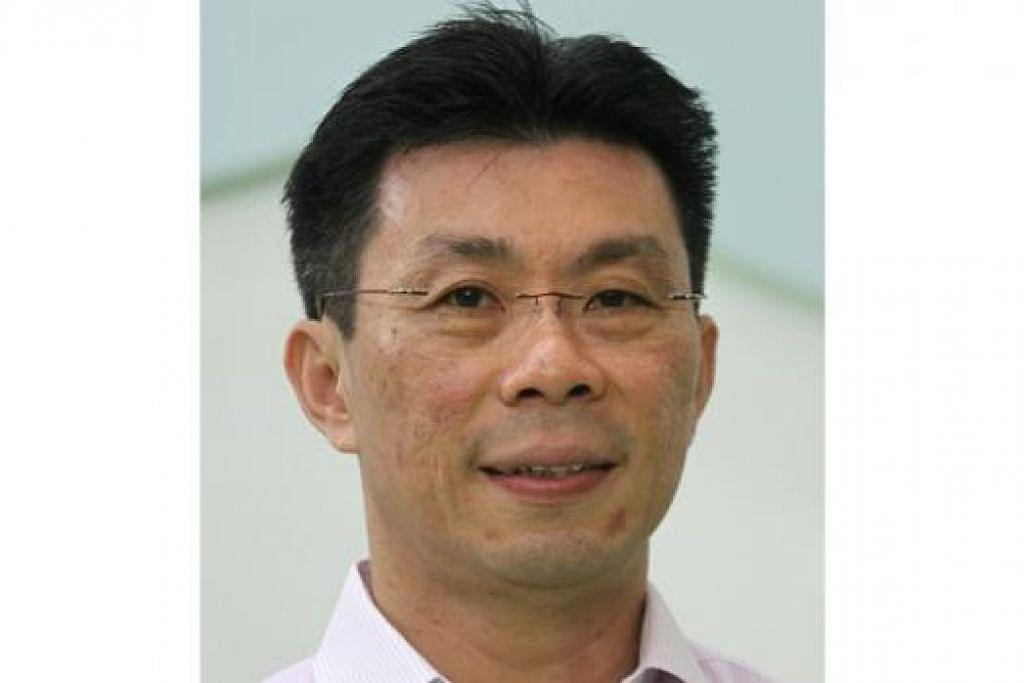 ENCIK LEE YI SHYAN
