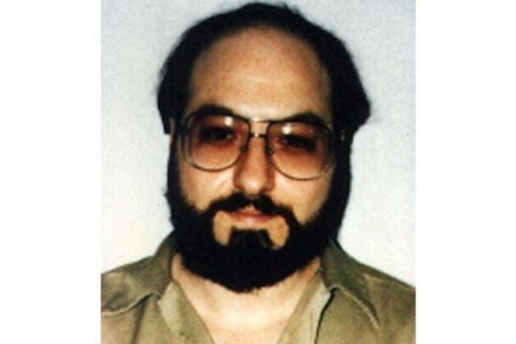 BAKAL DIBEBASKAN: Jonathan Pollard dalam gambar failnya pada 1991. - Foto REUTERS