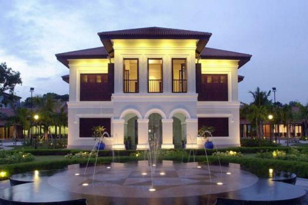 WARISAN: Istana Kampong Gelam yang kini menempatkan Taman Warisan Melayu akan diwarta sebagai Monumen Negara.