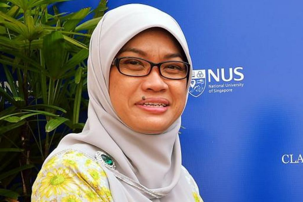 CIK ZURAIDAH ABDULLAH: Sebagai Pengerusi Yayasan Warisan Melayu beliau berharap lebih ramai anggota masyarakat Melayu/Islam akan tampil bagi menghidupkan lagi TWM.