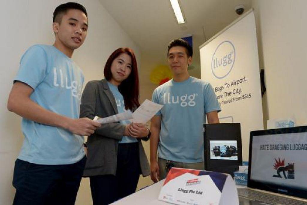 USAHATEKWAN MUDA: (Dari kiri) Encik Irsyad Lokman, Cik Tan Gui Yue dan Encik Oh Hang Qi meraih manfaat daripada rangkaian dan khidmat bantuan di Launchpad selepas mendapat suntikan geran daripada inkubator. - Foto TUKIMAN WARJI