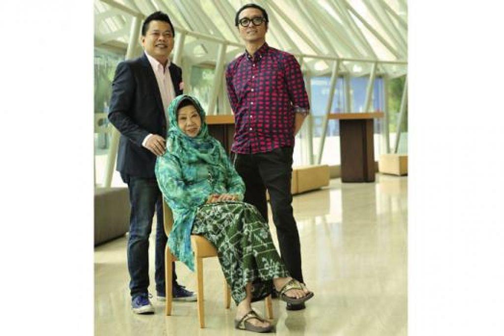 KEMBALI KE PENTAS: Nona Asiah (tengah) bersama anak bongsunya selaku pengarah muzik konsert, Indra Shahrir Ismail (kiri), dan anak didiknya selaku pengarah konsert, Najip Ali (kanan). - Foto fail