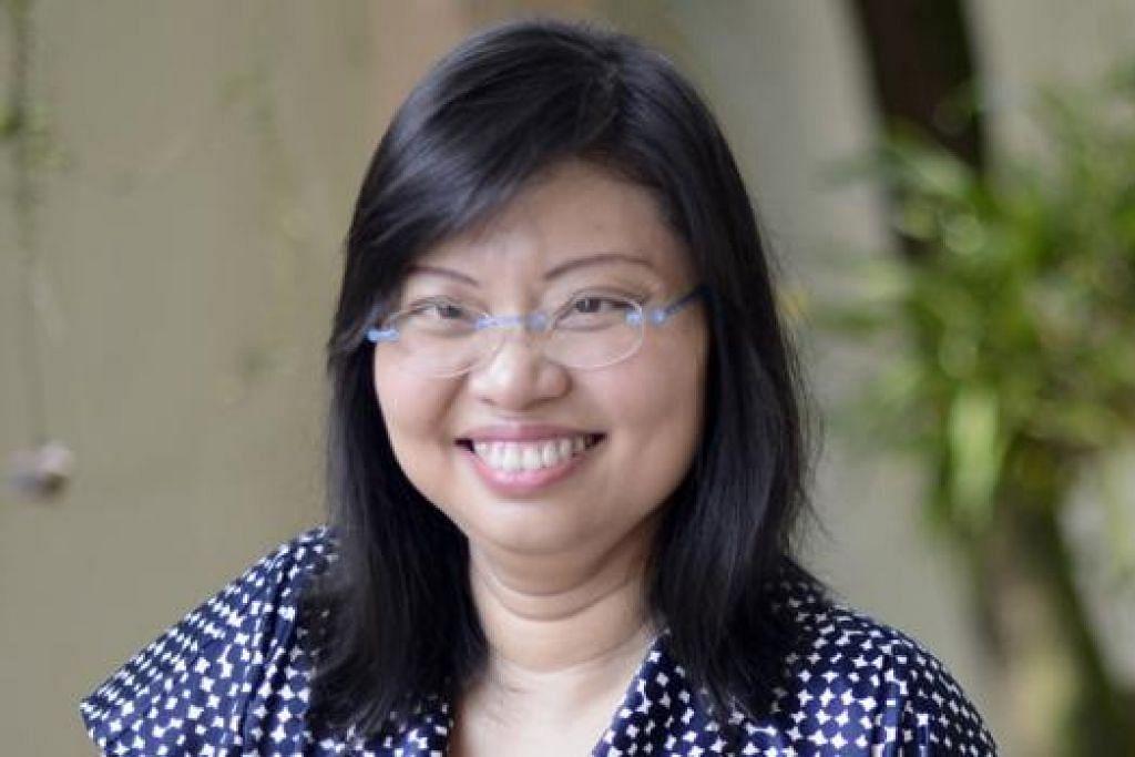 Cik Hazel Poa