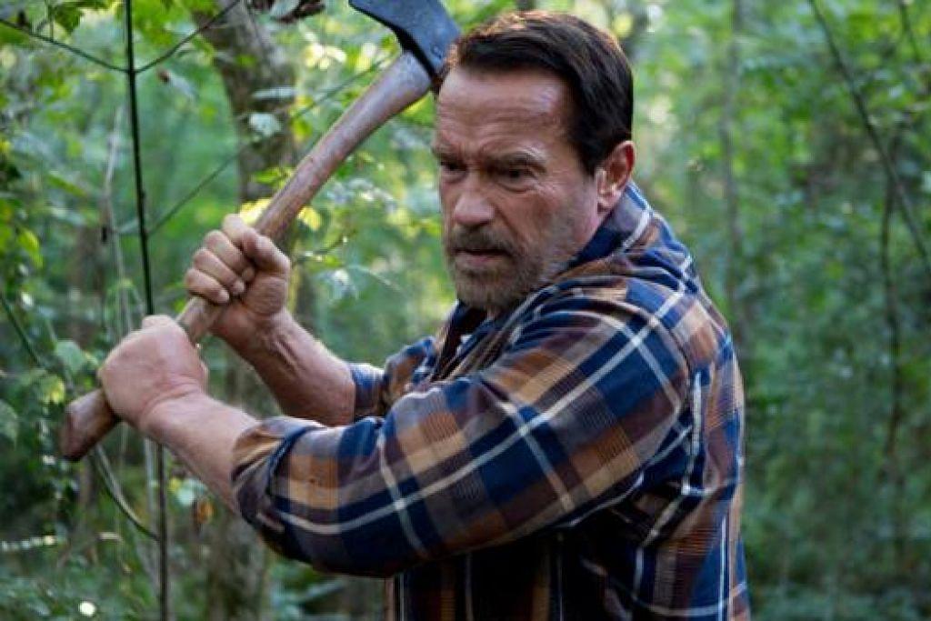 SELESA MEMEGANG WATAK: Arnold Schwarzenegger berlakon sebagai bapa yang anak perempuannya dijangkiti virus pelik dalam filem 'Maggie'. - Foto CATHAY
