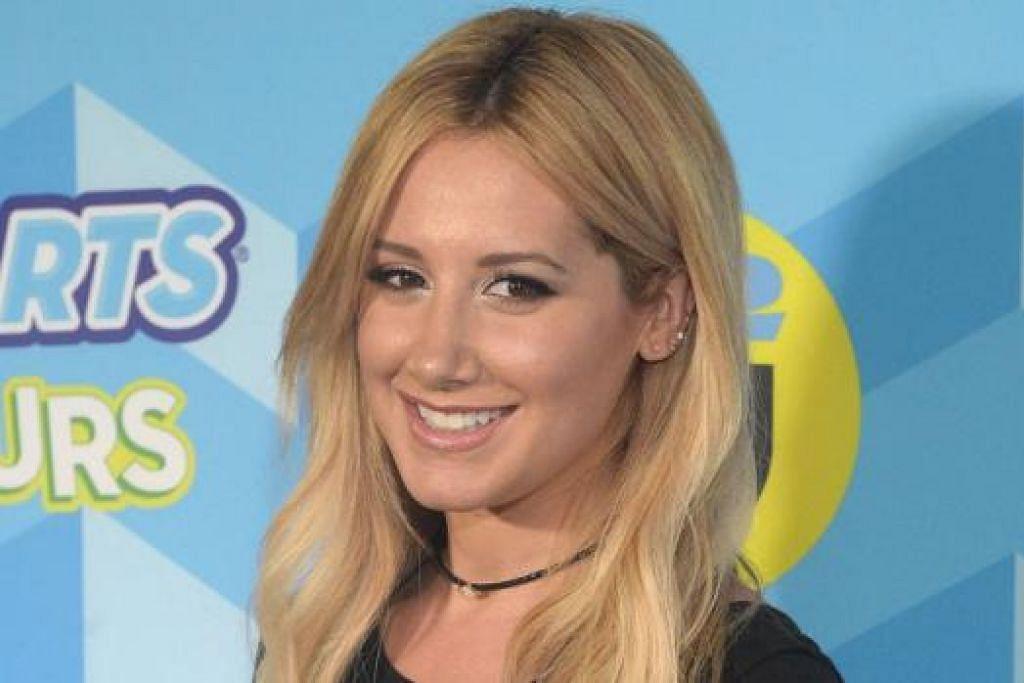 DRAMA KOMEDI BARU: Ashley Tisdale yang terkenal dengan wataknya selaku Sharpay Evans dalam filem 'High School Musical' pada 2006, kini akan membintangi sebuah 'sitcom' baru berjudul 'Clipped'. - Foto AFP