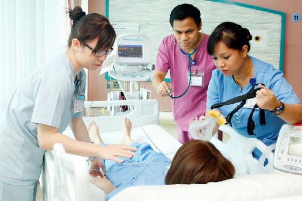 JADIKAN KERJAYA LEBIH BAIK: MOH sedang melaksanakan beberapa langkah dalam usaha mengimbangi pekerjaan dan kehidupan jururawat dengan lebih baik. - Foto HOSPITAL BESAR CHANGI