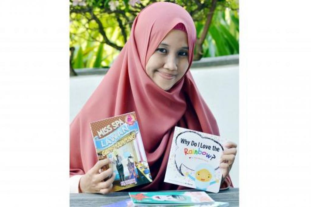 MENEBARKAN SAYAP KE SEBERANG TAMBAK: Cik Nur Khairiah satu-satunya penulis Singapura bagi syarikat penerbitan Blink Book Sdn Bhd di Malaysia.