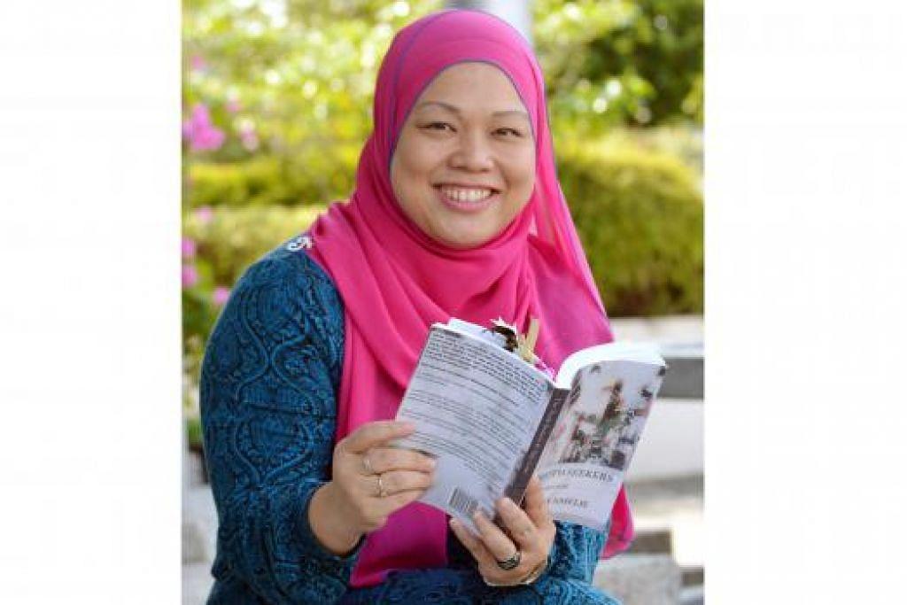 HASILKAN NOVELA BAHASA INGGERIS: Novela yang ditulis Cik Maria ialah kisah cinta yang berlatarkan di Singapura. - Foto-foto JOHARI RAHMAT