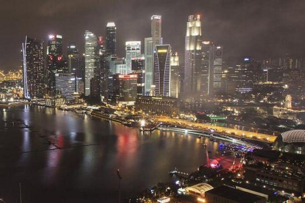 INDEKS RASUAH: Amalan bersih rasuah amat utama pada keutuhan insan dan negara. Singapura antara negara Asia yang berjaya membanteras rasuah. - Gambar hiasan
